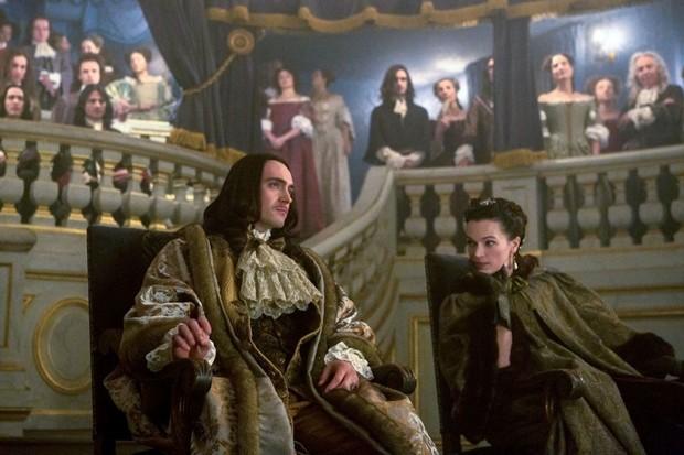 Louis XIV Versailles Season 2